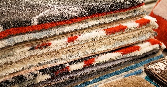 Mantenere vivi i colori di moquette e tappeti, può sembrare difficile. Ma con costanza e la professionalità per farli risplendere!