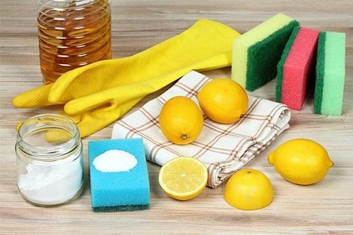 Vedremo che il limone, ad esempio, è un grande alleato in cucina