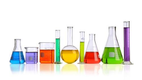 Laddove nella società vengano utilizzati prodotti chimici, i fattori di rischio sono solitamente maggiori.