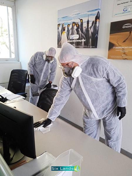 Nel tema del protocollo di pulizie per l'ufficio, oggi più che mai viene ritenuto essenziale l'inserimento a scadenza settimanale, o mensile, di una corretta e profonda sanificazione ambientale.